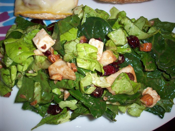 salad with nuts and berries