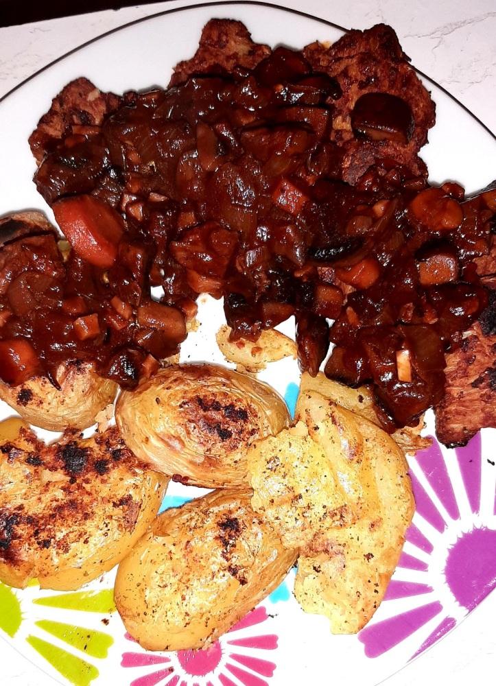 vegan mushroom and soy bourguignon